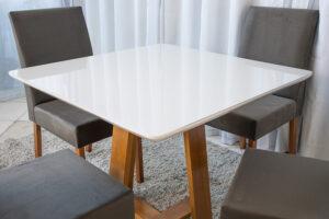 Mesa de Jantar Madeira Vitra Mel Tampo MDF 90×90 Vidro Off 4 Cadeiras Madeira Sued Marrom 05 - 2